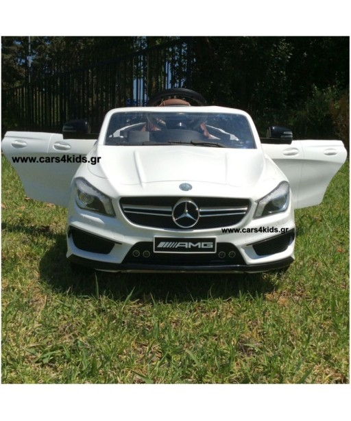 Mercedes-Benz CLA 45 with 2.4G R/C under License